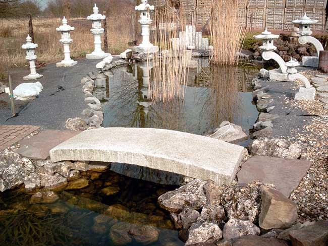 Natuursteen tuindecoratie archieven de wandeleer natuursteen - Japanse tuindecoratie ...