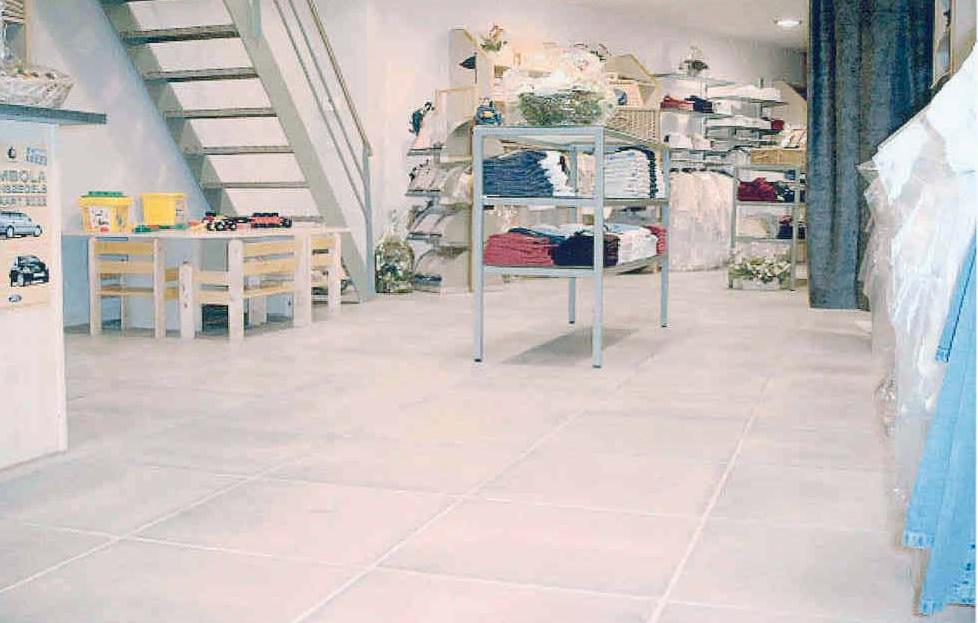 Betondallen wasserette de wandeleer pierre naturelle for Carrelage 90x45