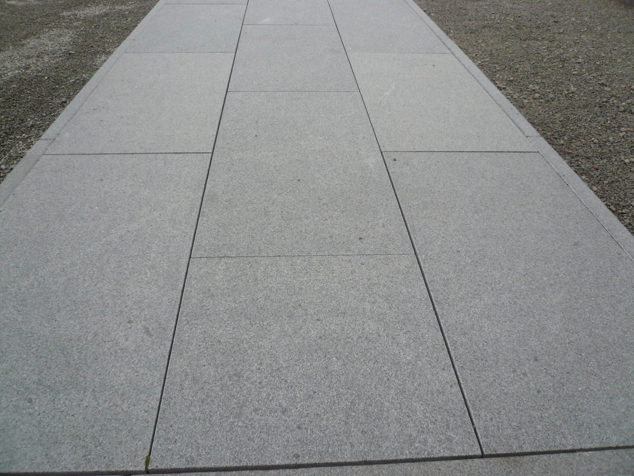 Gris archieven de wandeleer pierre naturelle for Carrelage 90x45