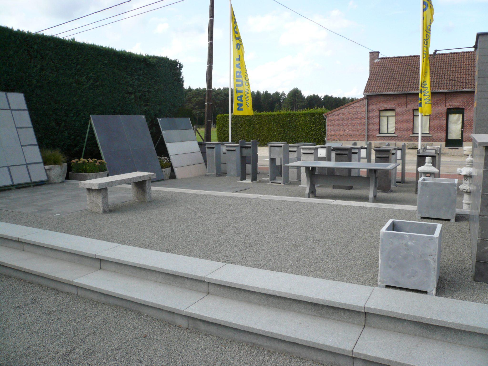 Toonpark2 de wandeleer pierre naturelle for Carrelage 90x45