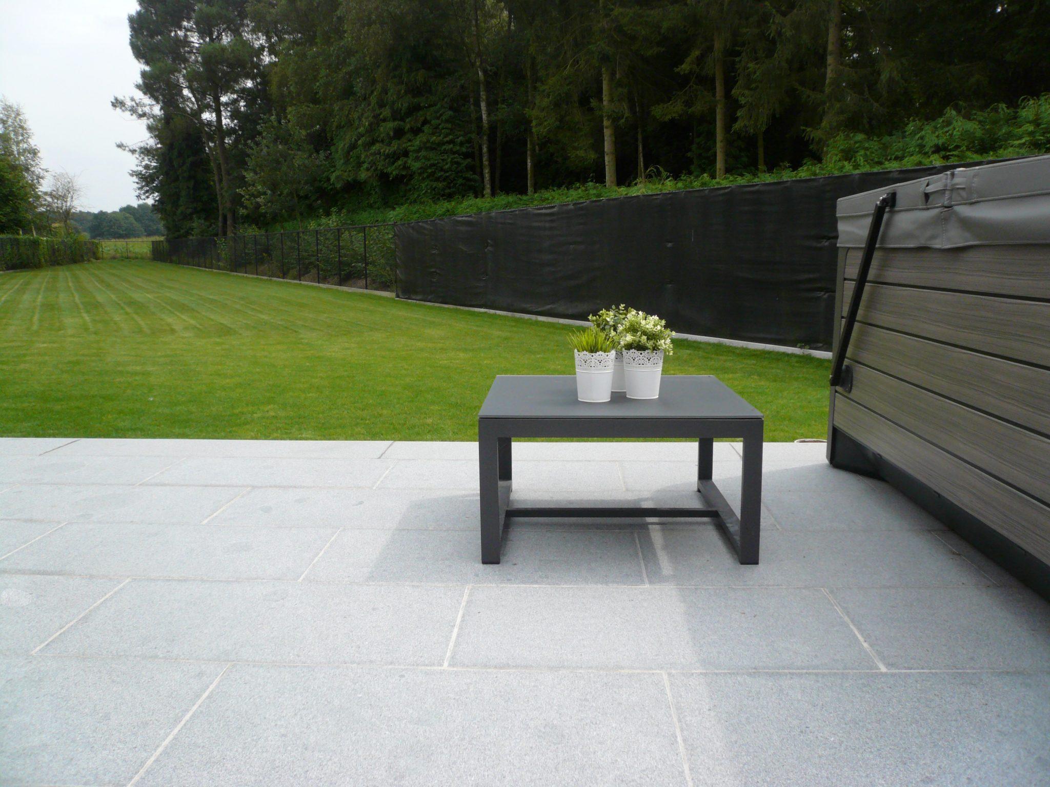 Tuinterras graniet de wandeleer pierre naturelle for Carrelage 90x45